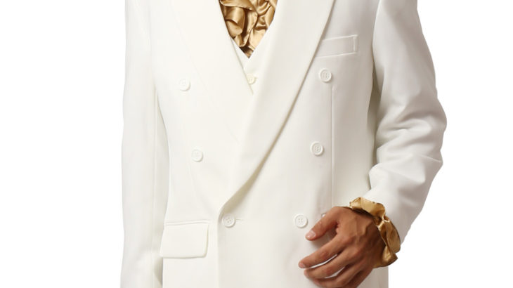 カリスマ性抜群の白スーツ。新郎様、コスプレ、王子キャラ、ホストの方まで 幅広くご利用いただける爽やかさ♪